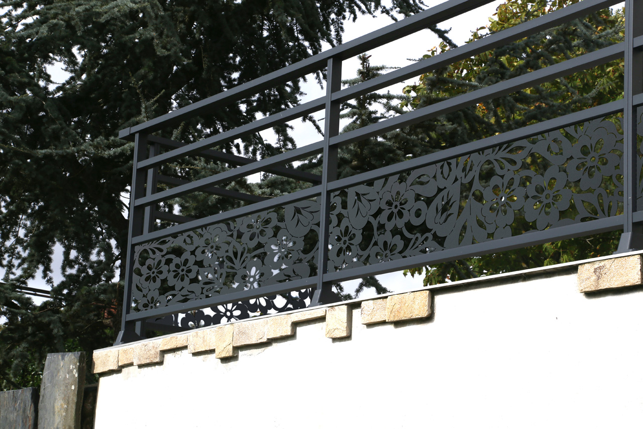 Vente et installation de Garde-corps en aluminium à Caen | Closystem